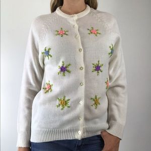 Vtg 60's Floral Embroidered Retro Cardigan Sweater